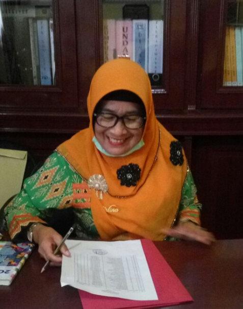 Kepala SDN 179 Pekanbaru, Sartina, S. Hum